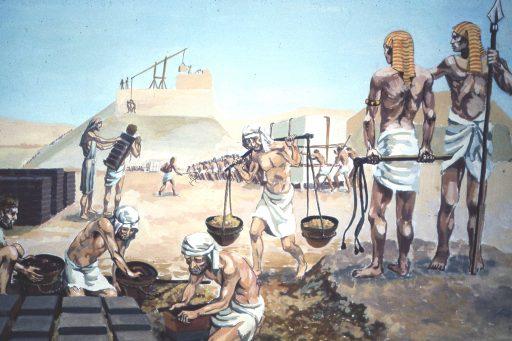 construccion de las piramides